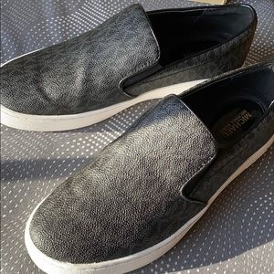 Micheal Kors slip-on canvas shoes